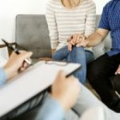 How to Find the Right Couples Therapist in Orange County, CA